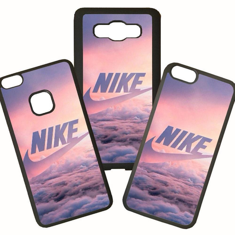 Carcasas De Móvil Fundas De Móviles De TPU Modelo Marca Nike Deporte Sports Nubes